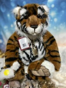 """KONIG Charlie Bears is retired! I Have One Brand New """"king"""" Available! Retired"""