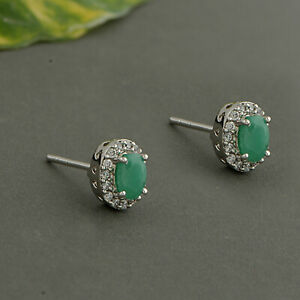 Beautiful 925 Sterling silver Emerald stone with silver Push Earring Jewelry