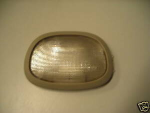 96 97 98 99 00 PLYMOUTH VOYAGER MIDDLE REAR DOME LIGHT