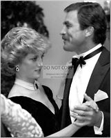 PRINCESS DIANA DANCES w/ TOM SELLECK AT 1985 STATE DINNER - 8X10 PHOTO (CC579)