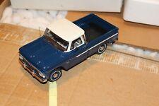 SF19 Danbury Mint 1966 Chevrolet C10 Pickup 1:24 Blue and White, No Title