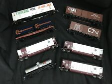 ATHEARN HO Scale Model Train Freight Car Lot of 8 Cars Trains