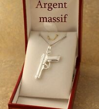 pendentif Revolver pistolet flingue et chaine en argent massif. Neuf à offrir