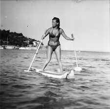 LE LAVANDOU c. 1947 - Curiosité Sport Nautique  Var - Négatif 6 x 6 - N6 PROV21