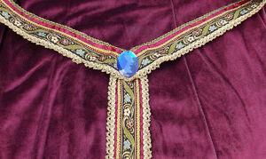 Renaissance & Medieval Costume Long Velvet Dress Princess Royal Maiden Queen