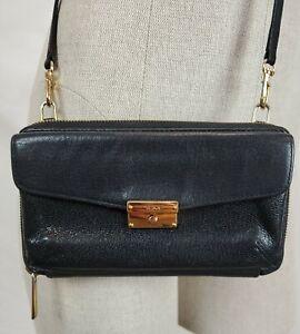 Tumi Stockton Black Leather Crossbody Phone Wallet Shoulder Purse Gold Zip