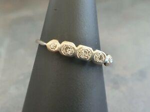 18ct Gold 5 Stone Diamonds Ring ( Scrap, Wear Or Repair )