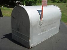 VINTAGE XTRA LARGE GALVANIZED STEEL METAL U.S. MAILBOX RURAL FARM HOME 24X15X11