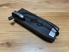 BMW Snap In Universal 84212365786 F10 F30 IPhone Handy Adapter Ladeschale