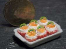 Dollhouse Miniature Cupcakes Orange & Kiwi Cakes on Tray F 1:12 scale K40