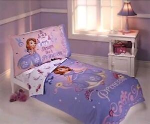 Disney Jr. Princess Sofia the First 4 Piece Toddler Bedding Set NWT