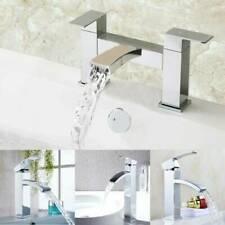 Canalisations de plomberie mélangeurs robinetteries douche