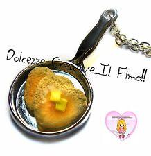 Collana Handmade - Padella con pancake a forma di cuore con burro - miniature ka