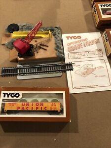 TYCO - Operating Crane Loader SetHO Scale #900 VINTAGE
