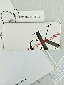Calvin Klein Ladies Zip Around Wallet Purse Brand New White