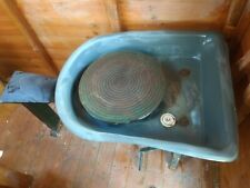 Pottery throwing kick wheel