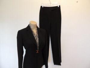 Tahari size 4 black 3 piece pants suit