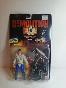 Demolition Man Cryo-Claw Tech