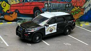 Greenlight 1:64 Ford Police Interceptor California Highway Patrol CHP Custom