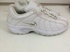 NIKE VXT Walking Running/Training White Shoes, Women's SZ. 8 310215-101 Nice