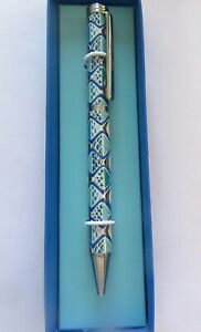 Vera Bradly Ball Point Twist Pen- Go Fish blue-white blue- black ink refillable