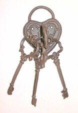 NEW~Cast Iron Heart Lock w/ Lrg Ornate Skeleton Keys Wall Hanging Decor