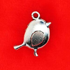10 x Tibetan Silver Cute UK BIRD ROBIN Christmas Charm Pendant Jewellery Making