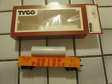 tyco Union Pacific gondola car with pipes load Ho scale