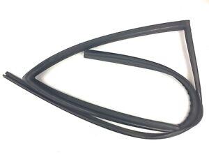 02-06 Honda CRV Left Rear Window Run Channel Molding Glass Guide Rubber Seal