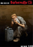 1:35 resin soldier world war II german soldiers shave high quality 219