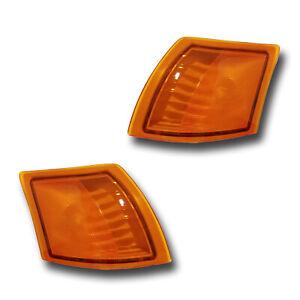 Fits 02-05 Saturn VUE Driver + Passenger Amber Signal Parking Light Lamp 1 Pair