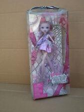 """Barbie Un Cuento de hadas brillo púrpura de moda de París Hadas Shim 9"""" Muñeca 2009 Mattel"""