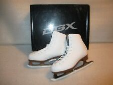 Youth Girls Dbx Motion Ice Figure Skates Size 3 Minimal Wear Terrific Condition
