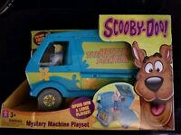 Charter Scooby Doo Mystery Machine Playset Character Hanna Barbera Action Figure