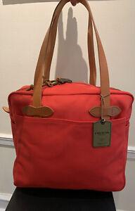 New! $225 RARE Filson Rugged Twill Mackinaw Red tote bag W/ Zipper. Made In USA.