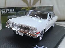 1964 - 1967 Opel Diplomat V8 Limousine - Cream - Diecast Model Car 1/43 IXO