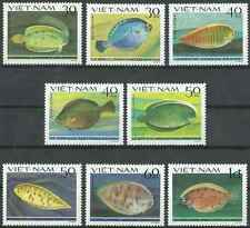 Timbres Poissons Viet Nam 373/80 ** lot 18415
