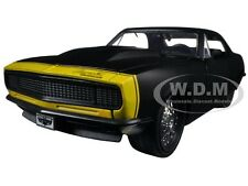 1967 CHEVROLET CAMARO MATT BLACK / YELLOW 1/24 DIECAST MODEL CAR BY JADA 97170