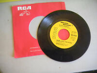 ELVIS PRESLEY the wonder of you/mama liked the roses  GOLDEN GREATS  RCA     45