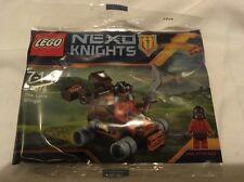 LEGO NEXO KNIGHTS 30374 ASH ATTACKER LAVA SLINGER - NEW & SEALED PROMOTIONAL SET