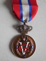 Medaglia al merito dell'aquila Sabauda Movimento Monarchico Italiano 4° classe