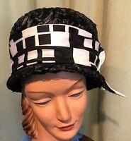 "Fun Vintage 50's 60's Black  Raffia Tall Round w Sm Brim Hat 21"" inside"