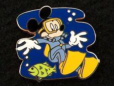 Disney Trading Pin - Cast Lanyard Mickey Mouse Scuba Diving Series Fish - 28335
