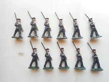 11 fusiliers marins tenue bleue défilant fusil épauele soldat de plomb ancien LR