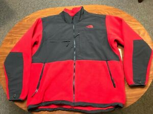 MENS USED LIGHTLY WORN THE NORTH FACE RED & GRAY FLEECE DENALI JACKET SIZE 2XL