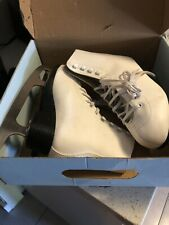 Tricot Lined Figure Skate Women Proffessional Style Boot Size 7, White.