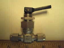 """Swagelok Whitey Valve, SS-OGS2, toggle valve, 1/8"""" compression in-out, unused"""