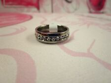 SILVER PLATED WEDDING BAND WITH CRYSTAL CZ SIZE 9 MENS OR WOMEN