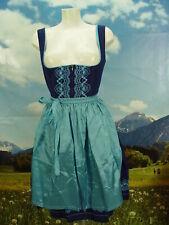 Super süßes Balkonett-Dirndl mit hellblauen Stickereien Trachtenkleid Gr. 42