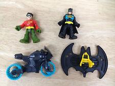 Imaginext Super Friends BATMAN ROBIN MOTORCYCLE FLIGHT SUIT figures NEW  batcave